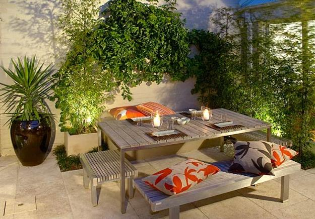 15 fabulous small patio ideas to make most of small space for Disenos jardines pequenos modernos