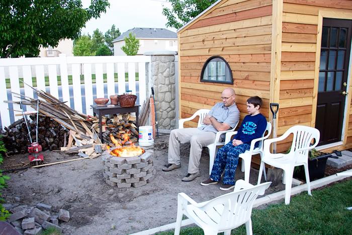 Easy DIY Fire Pit Idea