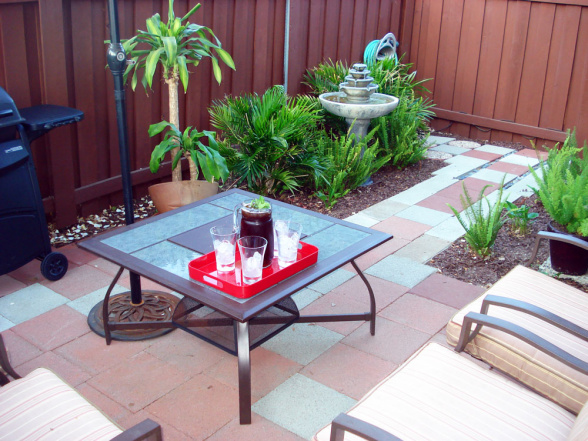15 fabulous small patio ideas Small deck ideas