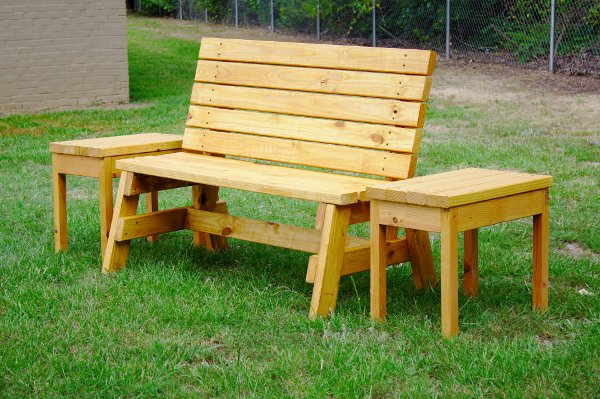 Build A Comfortable 2x4 Bench And Side Table