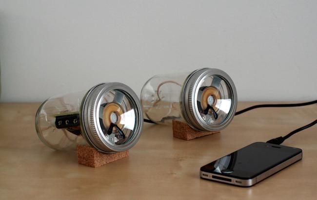 DIY Mason Jar Speaker