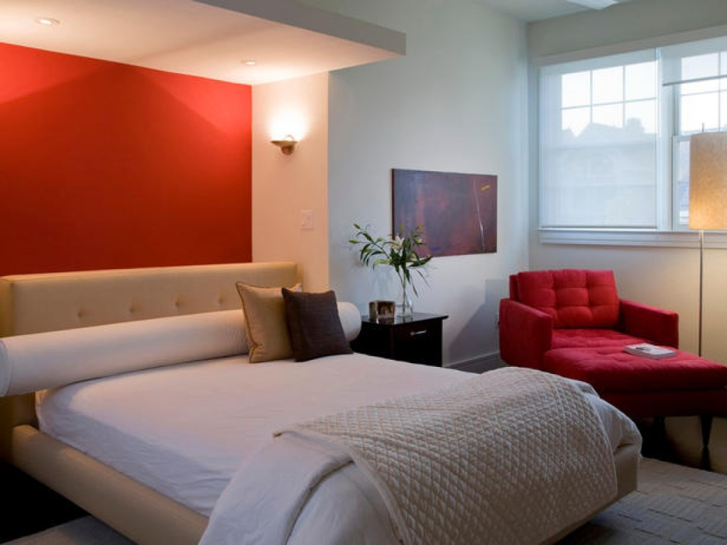 Red Accent room decor