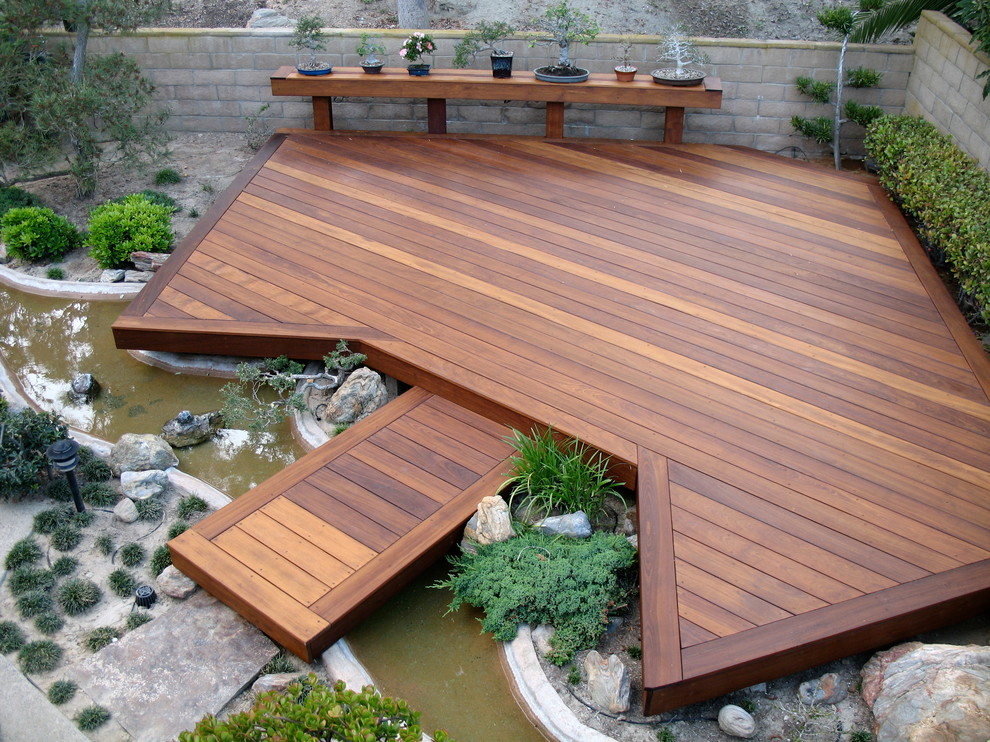 small backyard deck ideas simple small outdoor deck designs for modern house in center garden plus - Home Deck Design