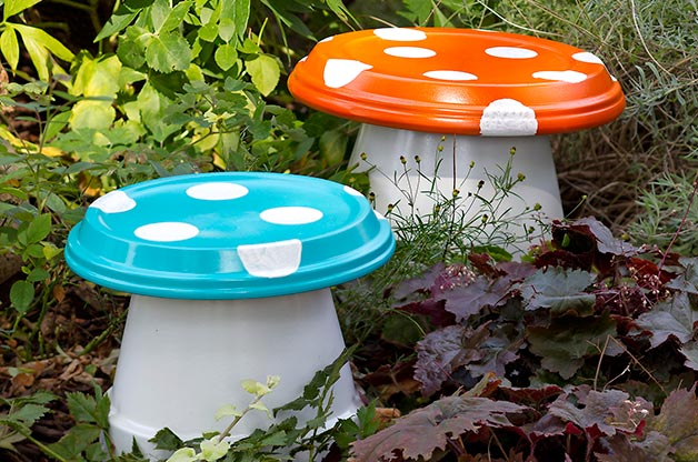Garden Art Ideas hello my dear the art in life lovers today i do for you great article how to repurpose old kitchen items in amazing garden ideas Terra Cotta Toadstools