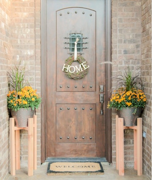 15 diy plant stands you can make yourself home and gardening ideas chic and modern plant stand solutioingenieria Image collections