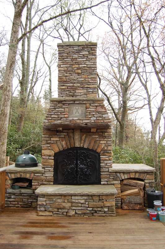 12 Outdoor Fireplace Plans Add Warmth And Ambience To Outdoor Room Home And
