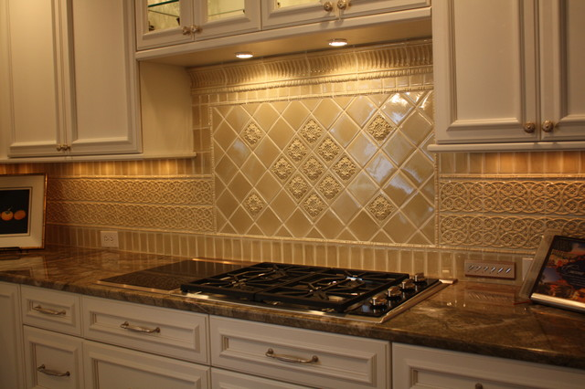 20 stylish backsplash tile ideas for a dream kitchen home and gardening ideas - Kitchen backsplash ceramic tile designs ...