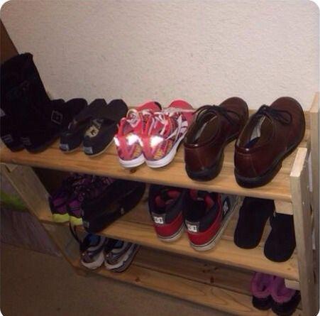 DIY Wooden Shoe Shelf