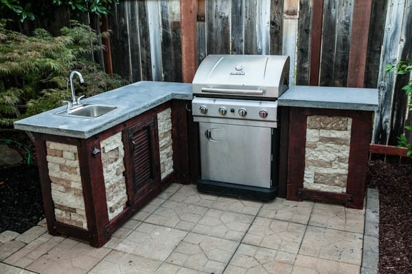 17 outdoor kitchen plans turn your backyard into entertainment zone create outdoor kitchen cabinets solutioingenieria Images