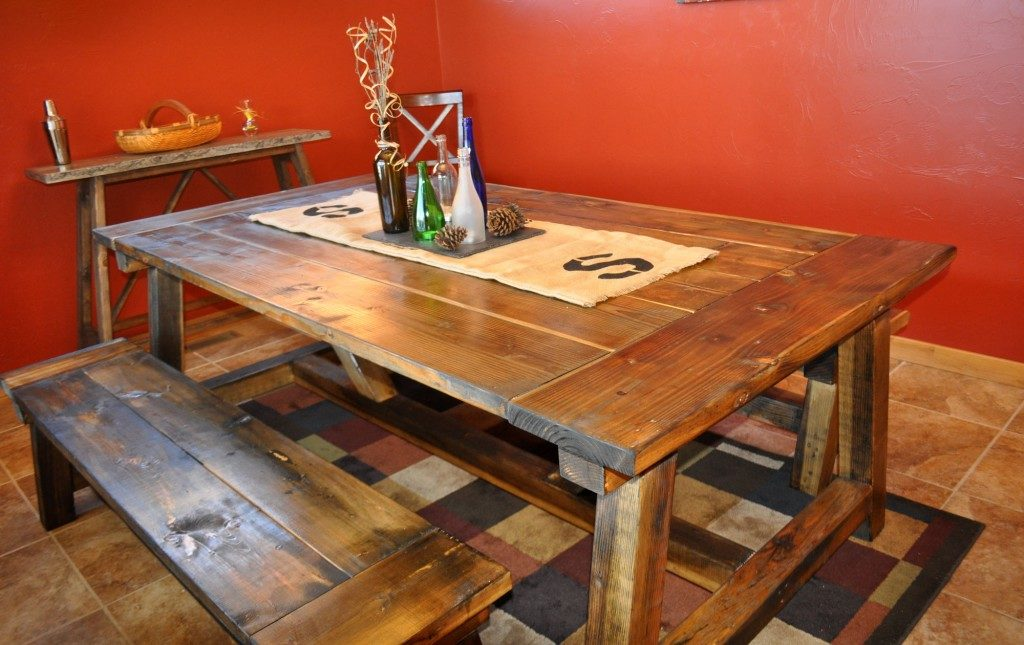 DIY farmhouse dining room table