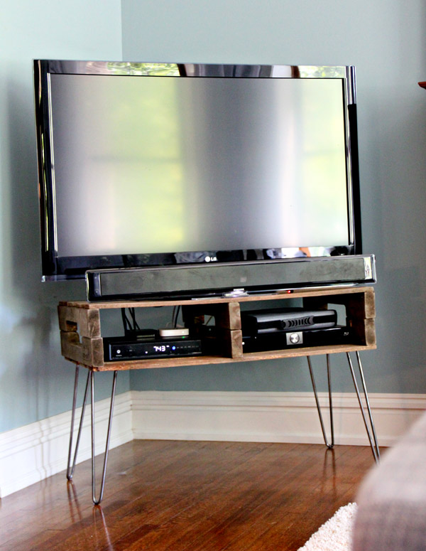 33 Diy Tv Stands You Can Build Easily In A Weekend Home And