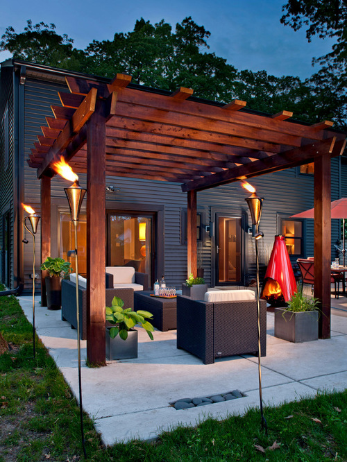 gives this patio a modern look