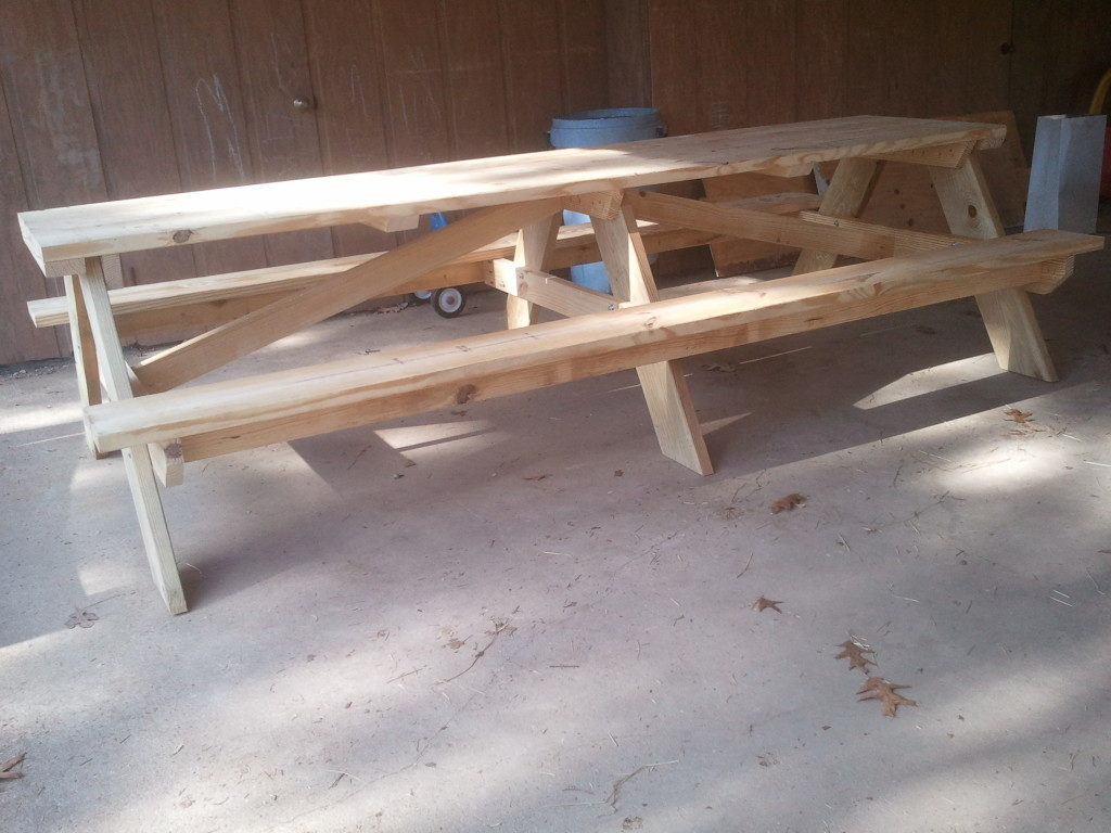 Plans For A Building A DIY 10 Foot Picnic Table