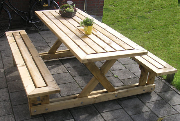 20 Free Picnic Table Plans Enjoy Outdoor Meals With Friends Family Ho