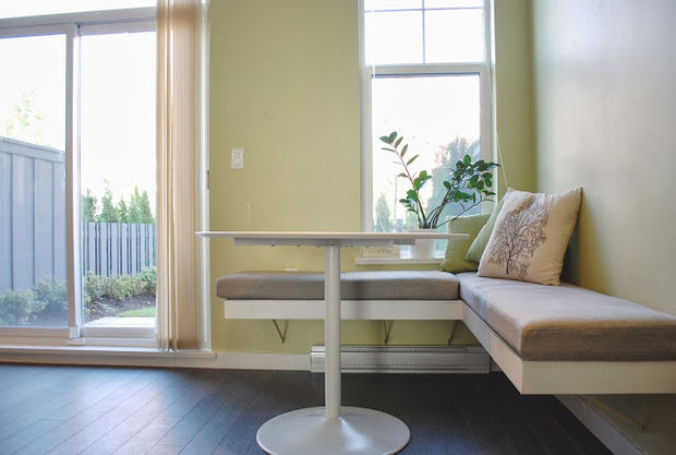 floating bench window seat
