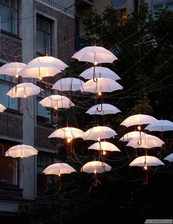 DIY umbrella lights