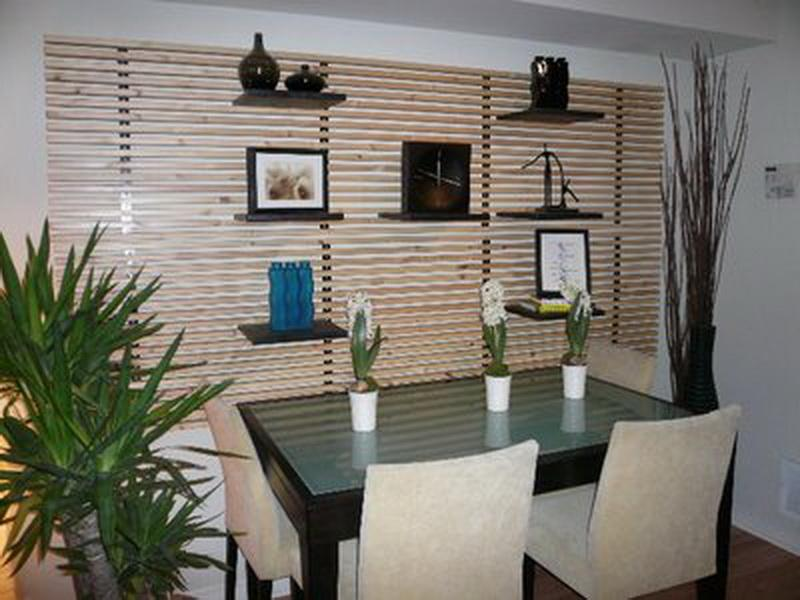 Small Dining Room Wall Decor Ideas