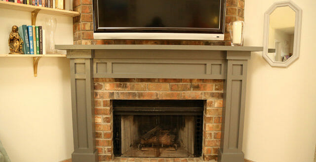 15 Elegant DIY Fireplace Mantel And Surrounds – Home And Gardening ...
