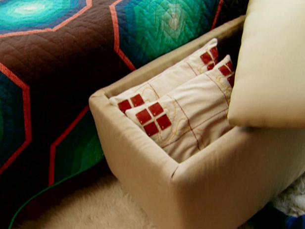 padded-ottoman