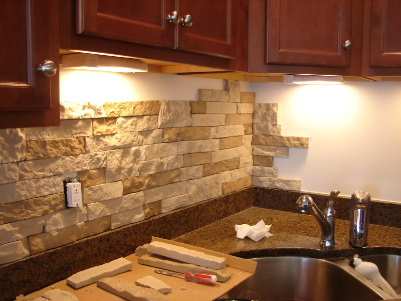 Modern Kitchen Stone Backsplash. Backsplash Idea For The Kitchen ...
