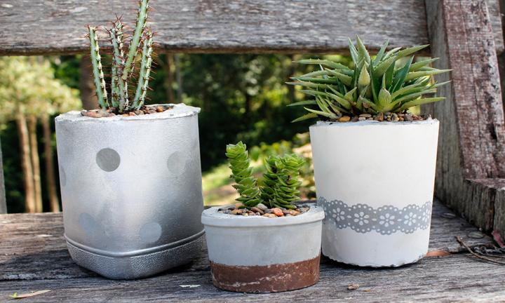15 lovey diy plant pots you can make from recycle items. Black Bedroom Furniture Sets. Home Design Ideas