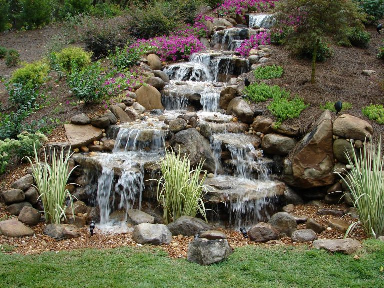 10 diy waterfall ideas and features for your backyard for Yard waterfalls