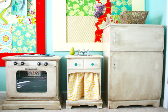 DIY childrens kitchen