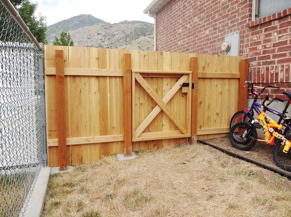 DIY Ahşap Çit ve Kapı